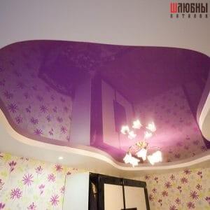 Фиолетовый двухуровневый потолок